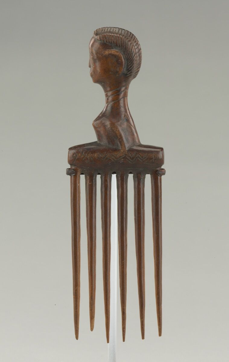Unidentified artist from the Baule region, Côte d'Ivoire, Comb, early 20th century. Courtesy of The Baltimore Museum of Art