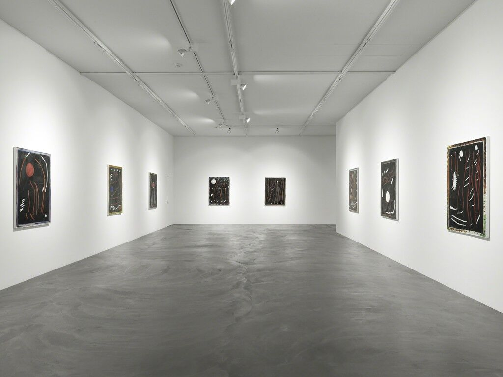"""Installation view""""LÖWENBRÄU AREAL,"""" at Galerie Eva Presenhuber, Zürich, 2015. Courtesy Galerie Eva Presenhuber."""