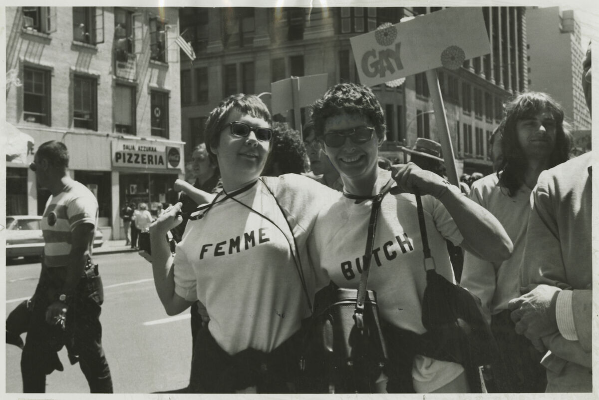 Kay Tobin Lahusen, Nancy Tucker and partner in Butch-Femme T-shirts, 1970. Courtesy of New York Public Library, Manuscripts and Archives Division.