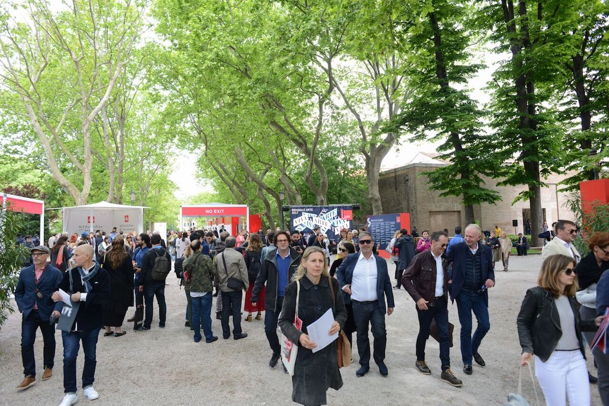 Visitors arriving at the 2017 Venice Biennale. Photo by Casey Kelbaugh for Artsy.