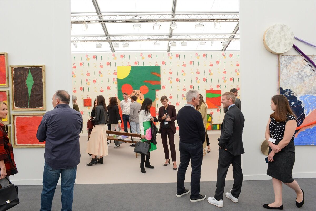 Installation view of Sadie Coles HQ's booth at Frieze Los Angeles, 2020. Photo by Casey Kelbaugh. Courtesy of Casey Kelbaugh/Frieze.