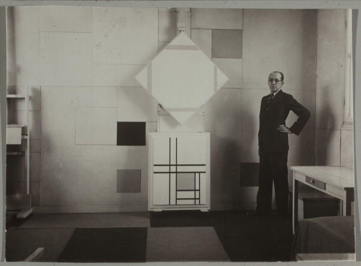 Photo by Charles Karsten. Collection of Het Nieuwe Instituut/ KARS, e3.238-2. Courtesy of Het Nieuwe Instituut.