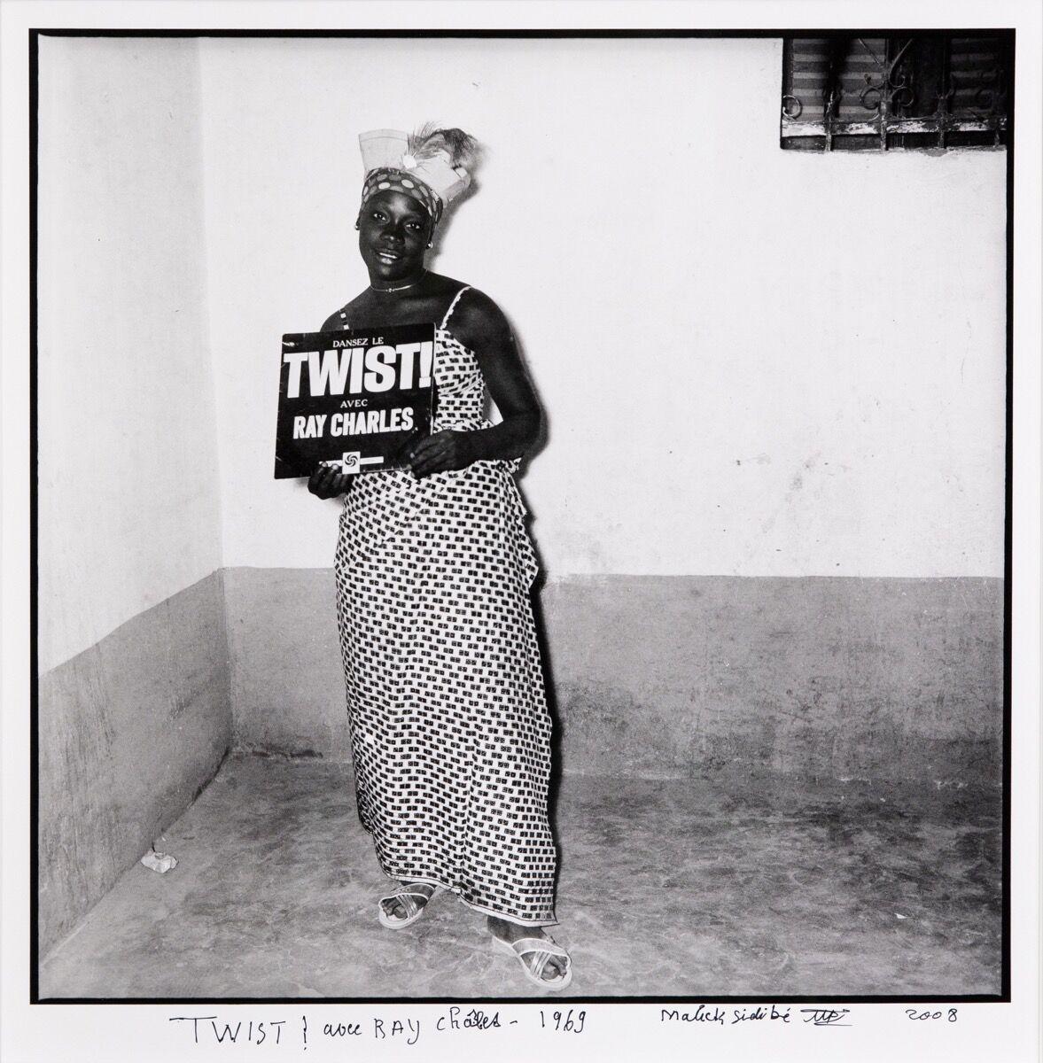 Malick Sidibé, TWIST! avec Ray Charles, 1969/2008. Courtesy of Jack Shaiman Gallery.