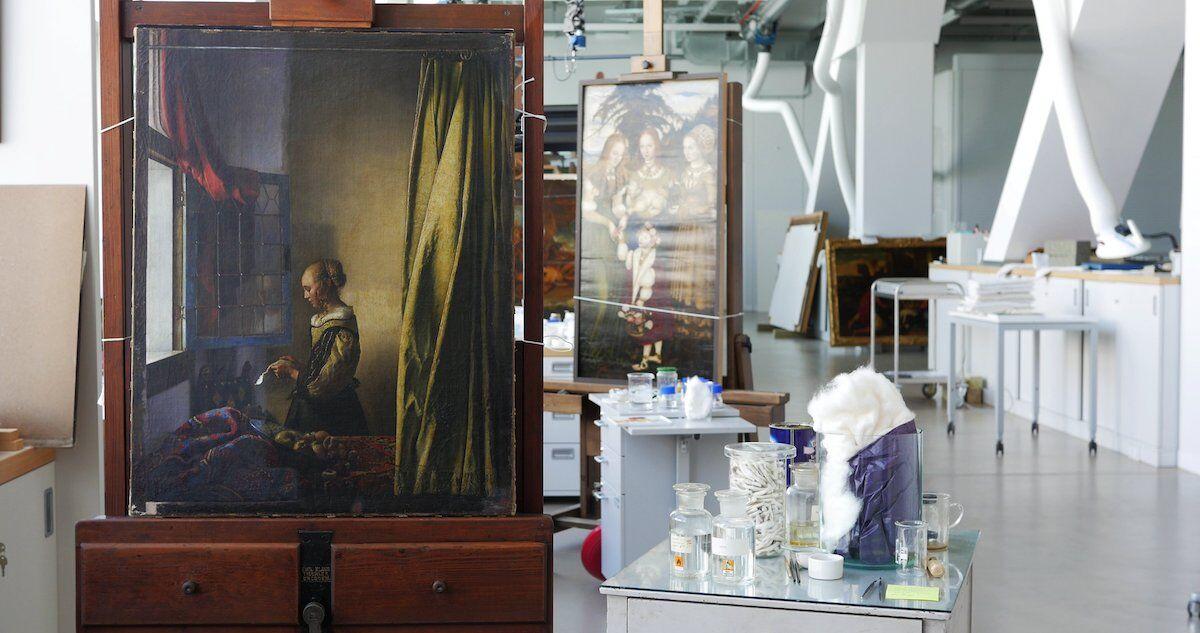 Αποτέλεσμα εικόνας για vermeer girl on the open window
