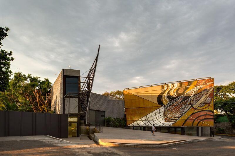 Frida Escobedo Taller de Arquitectura