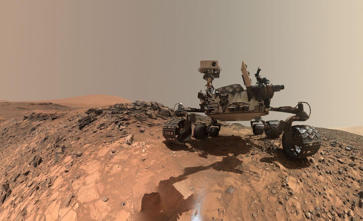Curiosity Self-Portrait on Mars, 2015. © NASA/JPL-Caltech/MSSS.