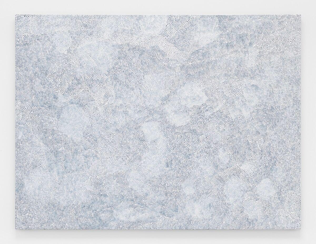 Yayoi Kusama, INFINITY-NETS [YJKLL], 2017. © Yayoi Kusama. Courtesy of David Zwirner, New York; Ota Fine Arts, Tokyo / Singapore; Victoria Miro, London; YAYOI KUSAMA Inc.