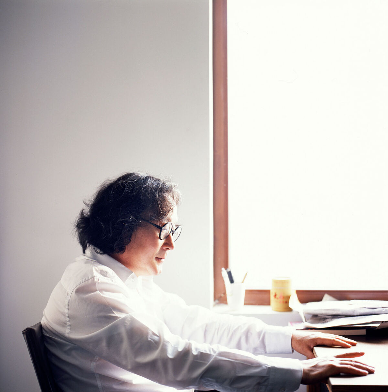 Portrait of Xu Bing. Courtesy of Xu Bing Studio.
