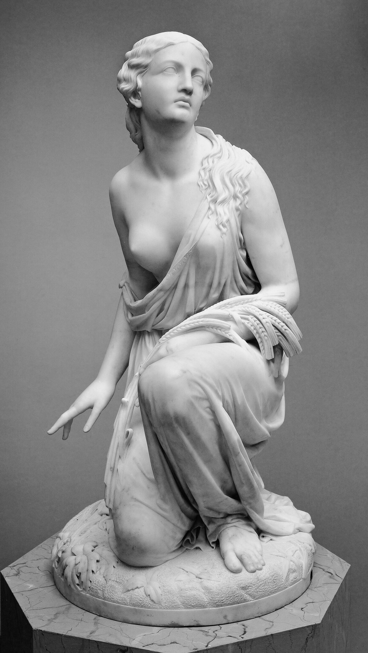 Randolph Rogers, Ruth Gleaning, 1850. Courtesy of the Metropolitan Museum of Art.
