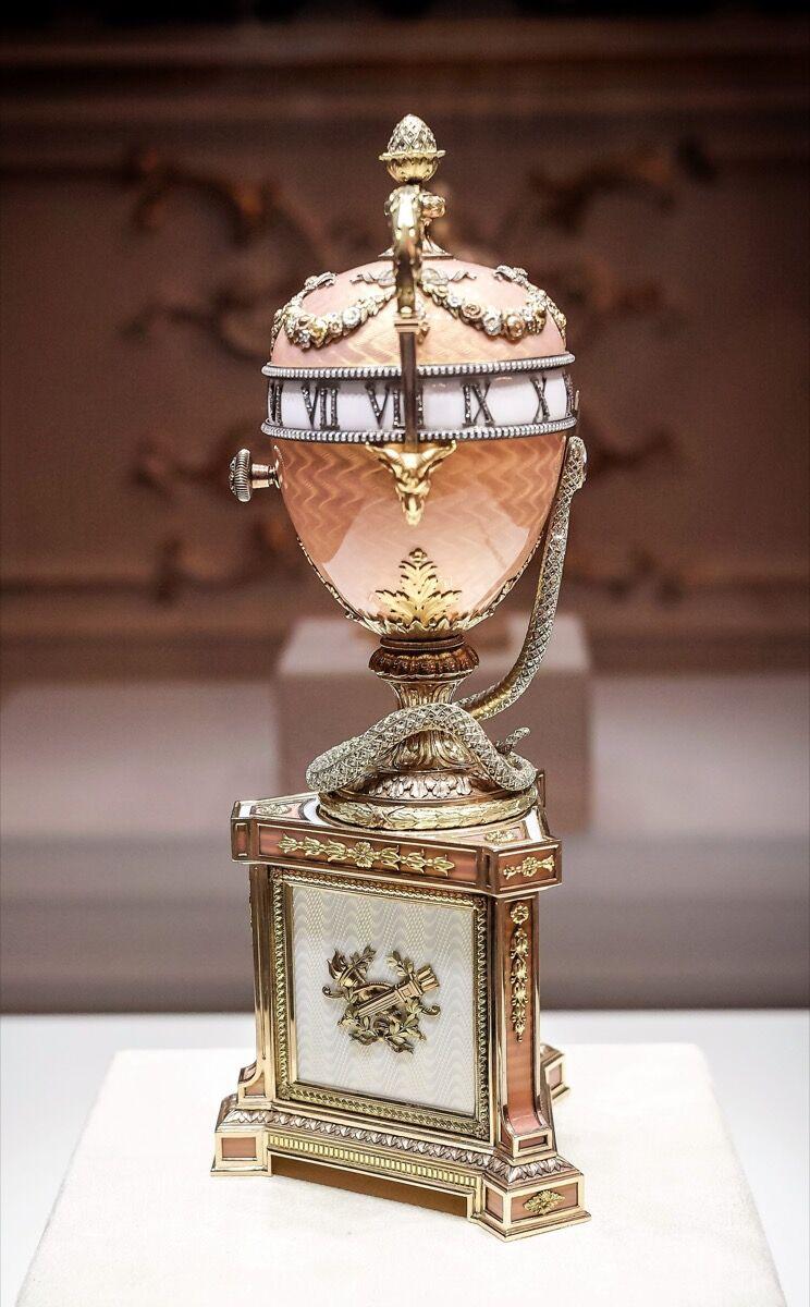 House of Fabergé, Duchess of Marlborough Egg, 1902. Photo via Wikimedia Commons.