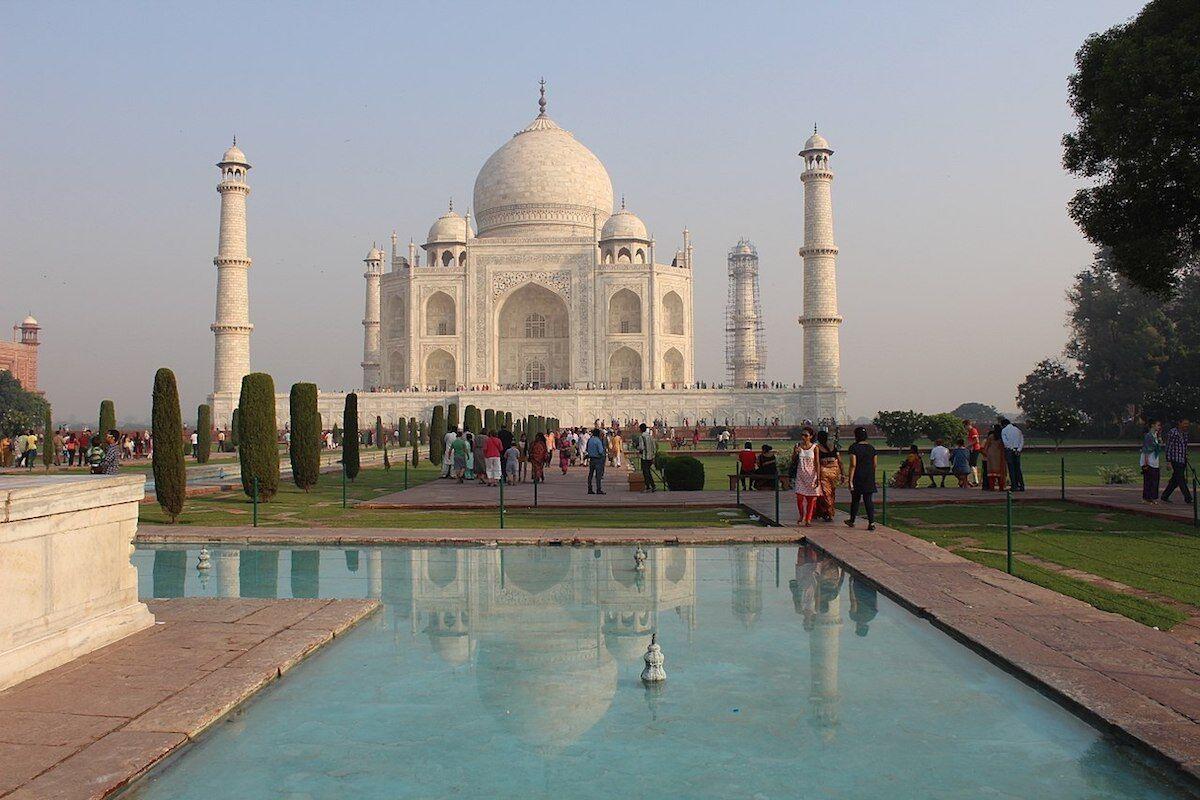 The Taj Mahal in Uttar Pradesh state. Photo by SuvadipSanyal, via Wikimedia Commons.