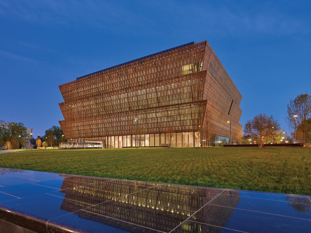 National Museum of African American History and Culture. Photo by Alan Karchmer. Courtesy of Adjaye Associates.