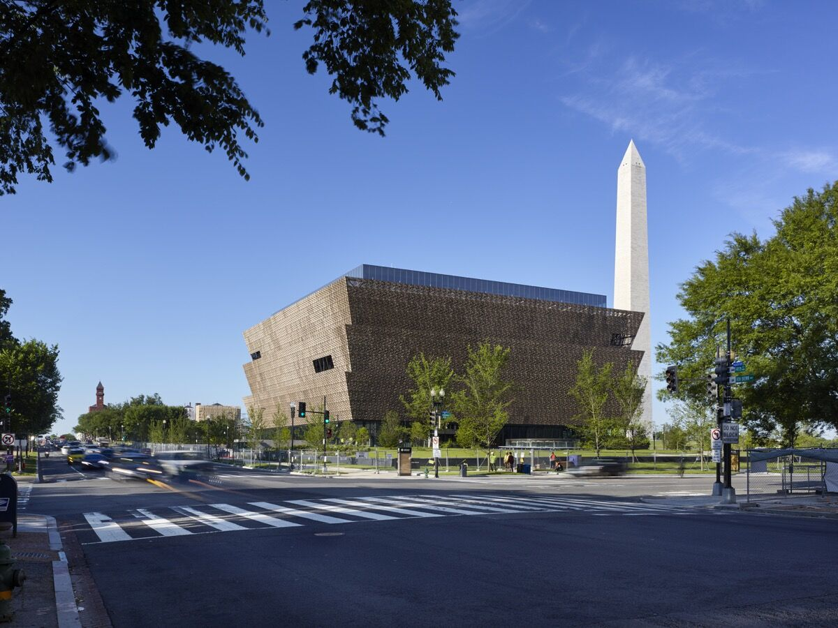 Exterior view ofthe Smithsonian National Museum of African American History and Culture. Photo: Alan Karchmer/NMAAHC