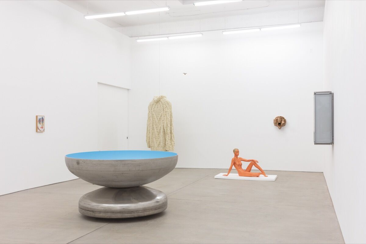 """Installation view of """"Keep Me Warm"""" at C L E A R I N G, Brooklyn, 2018. Courtesy of C L E A R I N G, Brooklyn."""