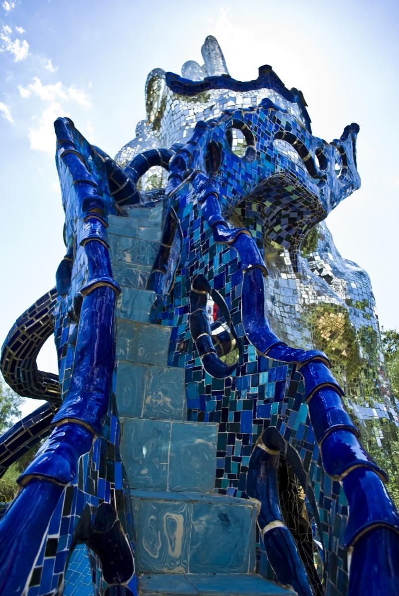 Niche Dans La Campagne Toscane Le Parc De Sculptures Mystiques De