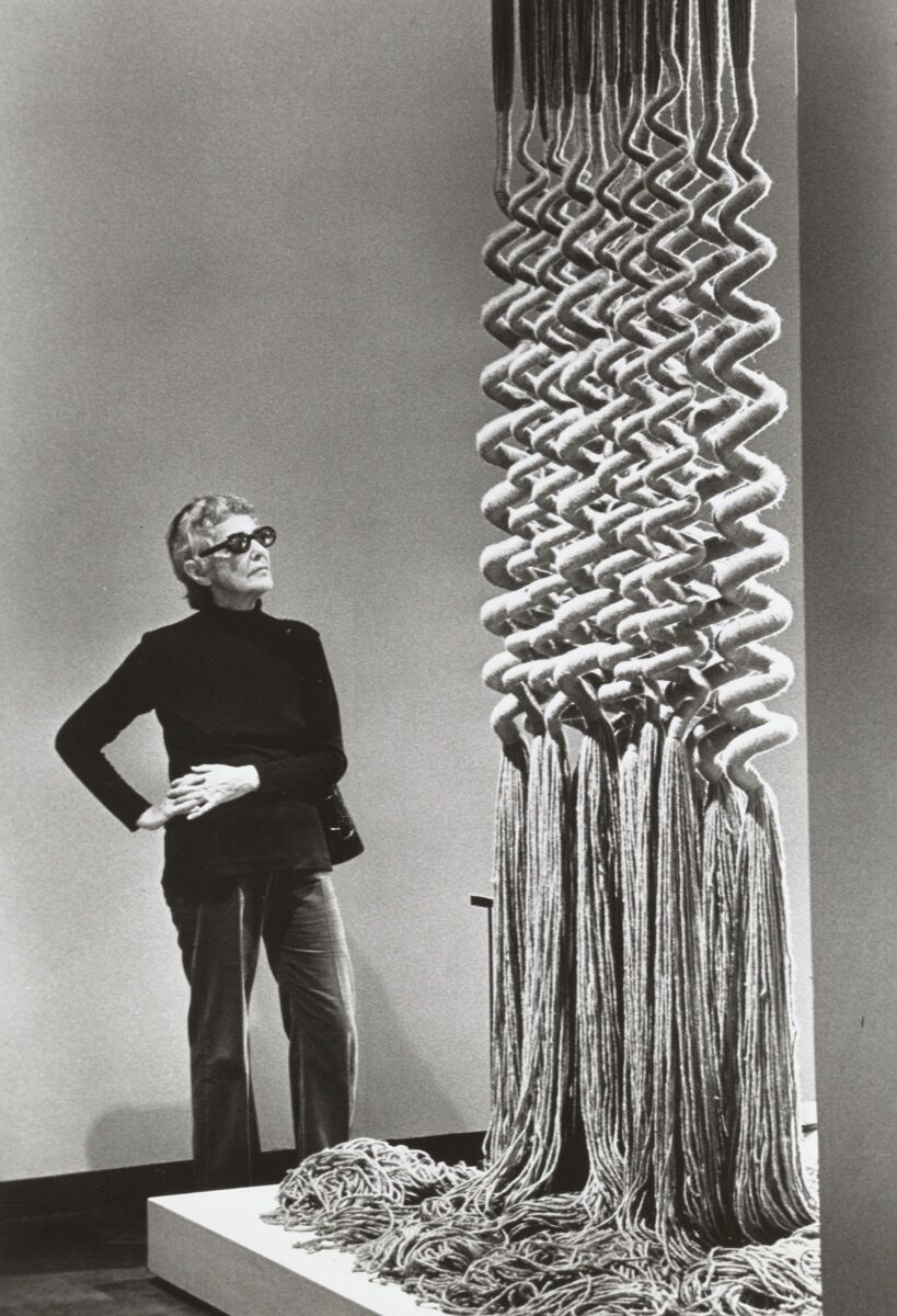 Claire Zeisler, 1972. Courtesy of the American Craft Council Library and Archives.