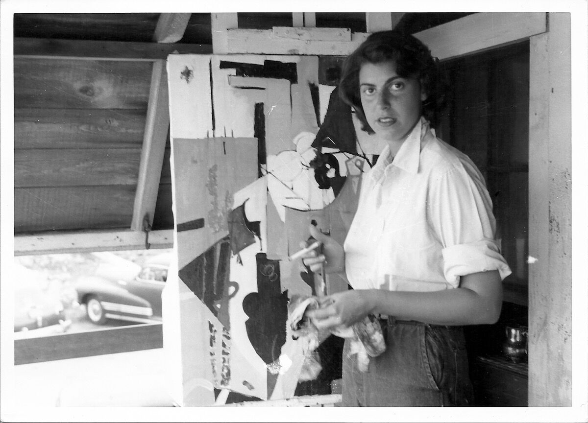 Helen Frankenthaler in Provincetown, July 1950. Courtesy Helen Frankenthaler Foundation Archives, New York.