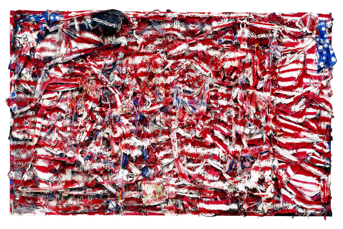 Thornton Dial,Don't Matter How Raggly The Flag, It Still Got To Tie Us Together (2003). Photo byStephen Pitkin/Pitkin Studio.© Thornton Dial. Collection of the Indianapolis Museum of Art.