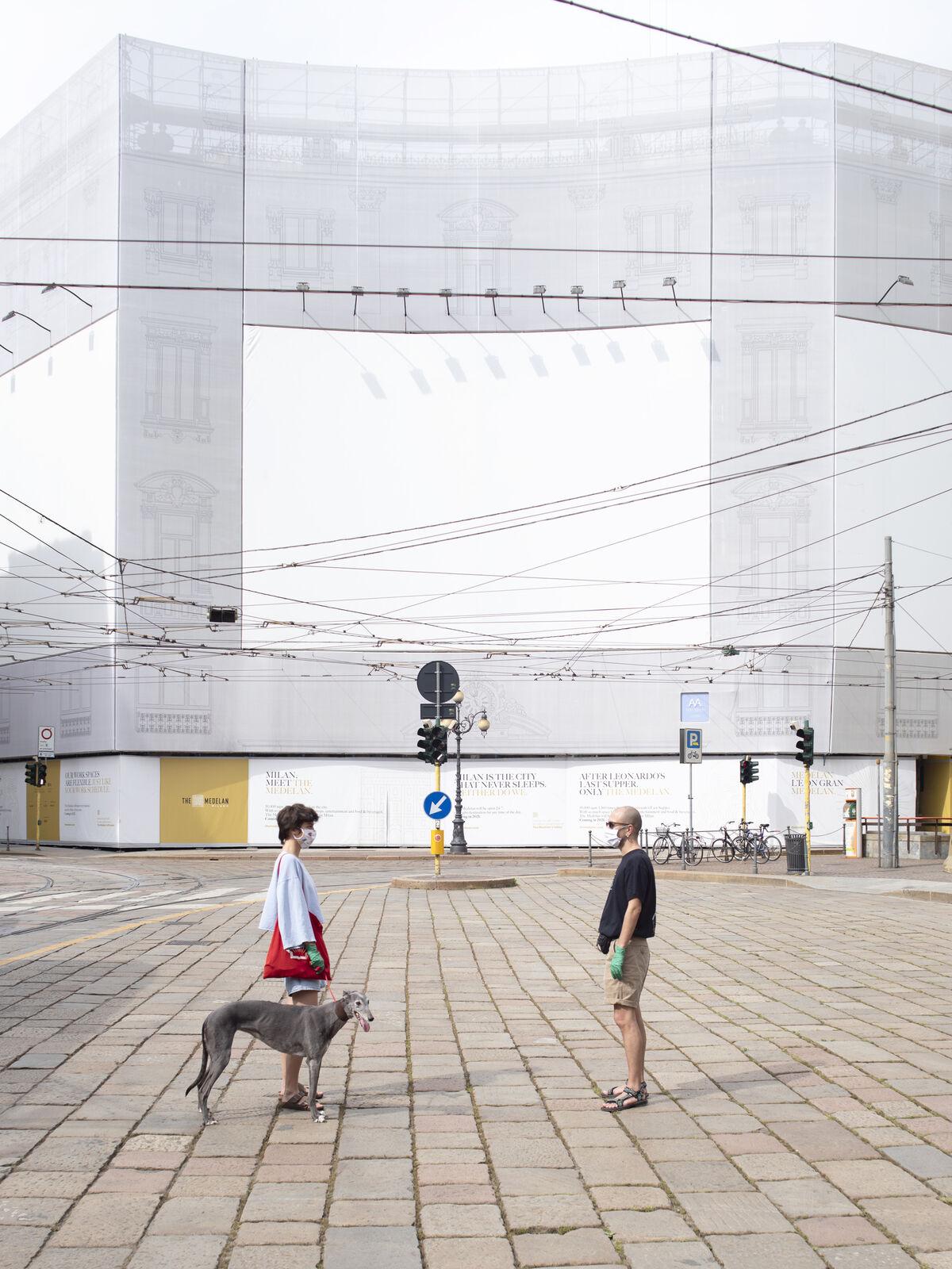 Marco Dapino, Piazza Cordusio, Milano, 2020. Courtesy of Giorgio Barrera.
