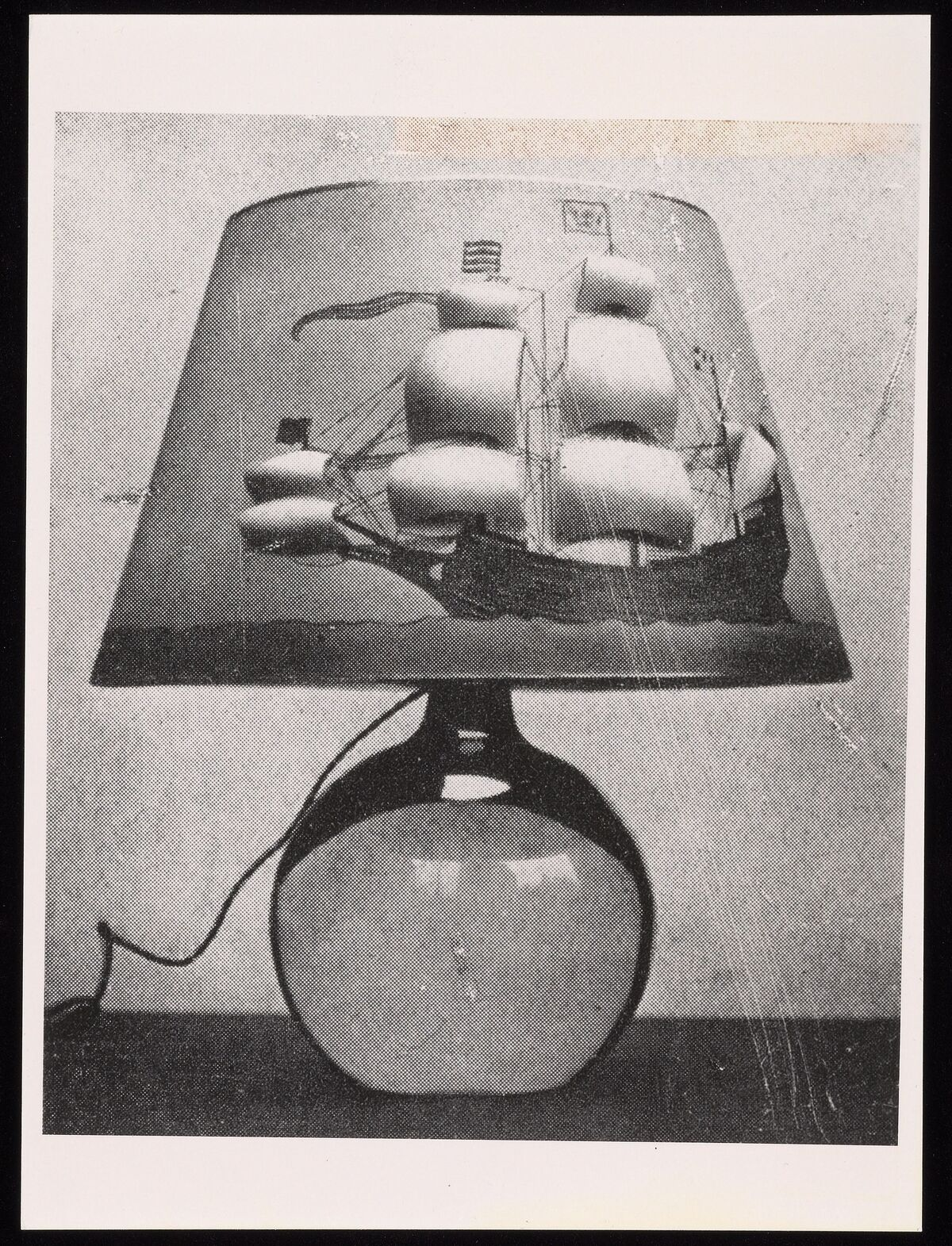 Mina Loy, Lamps photographs by Charmet, Jean-Loup Photos Presse Paris, ca.1920.  Courtesy of the Beinecke Rare Book & Manuscript Library at Yale University.