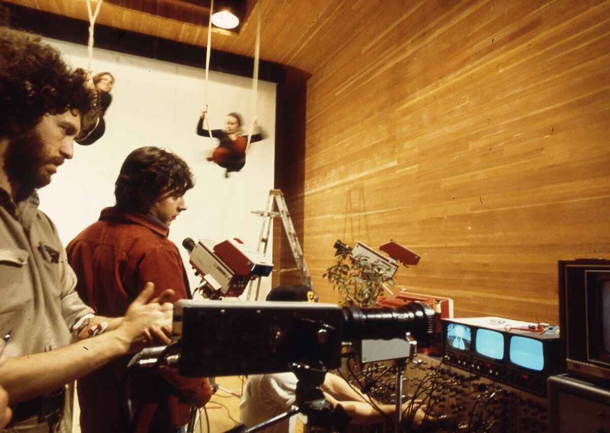 Richard Lowenberg (and Paul Demarinis) testing EMG biotelemetry system and video interface during rehearsal in San Francisco. © Richard Lowenberg. Courtesy of the artist.