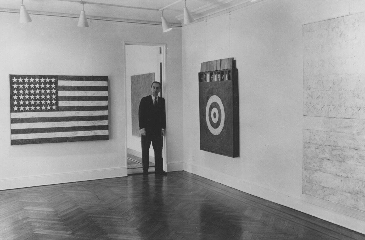 Leo Castelli at a Jasper Johns exhibition at Castelli Gallery, 1958. Courtesy of Castelli Gallery.