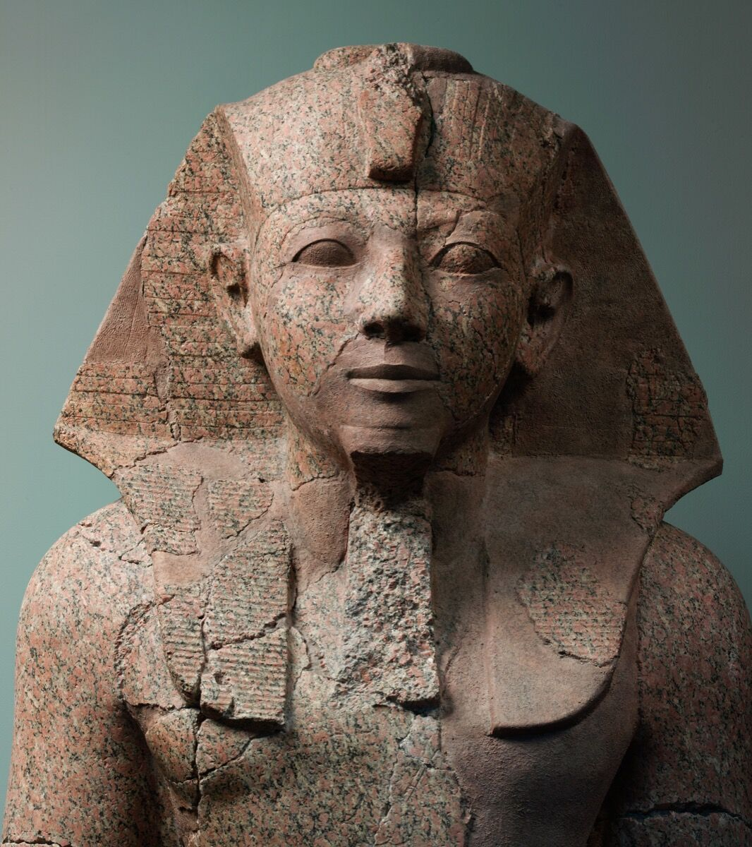 Large Kneeling Statue of Hatshepsut, c. 1479–1458 B.C. Courtesy of the Metropolitan Museum of Art.