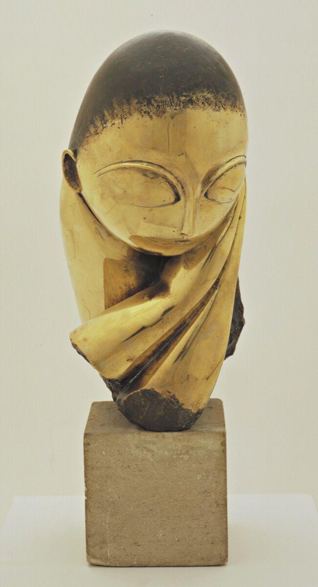 Constantin Brancusi, Mlle Pogany, version I, 1913. © 2018 Artists Rights Society (ARS), New York / ADAGP, Paris. Courtesy of The Museum of Modern Art, New York.