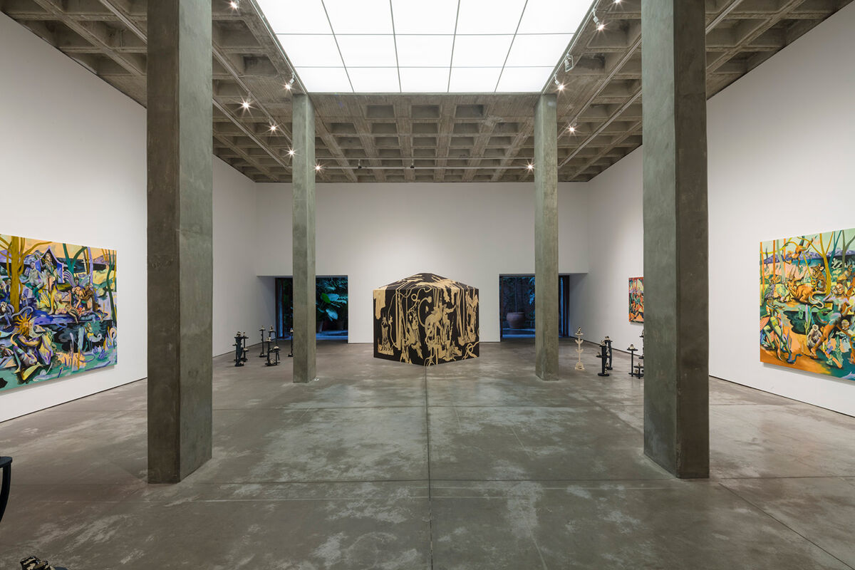 """Jessie Makinson, installation view of """"Tender Trick,"""" at Galería OMR, Mexico City, 2019. © Jessie Makinson. Courtesy of the artist; Fabian Lang, Zurich; and Galería OMR, Mexico City."""