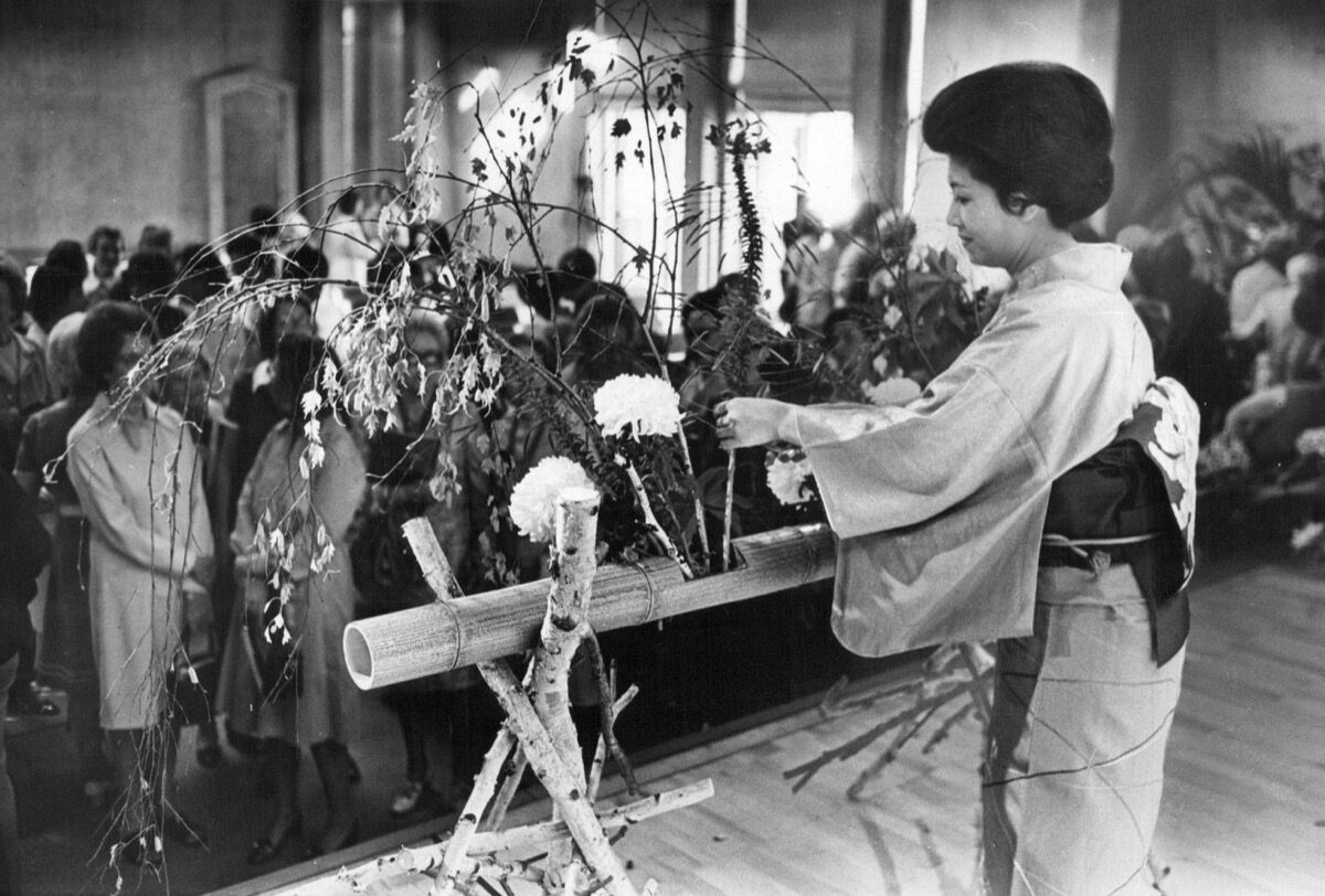 October 26, 1975 Ikebana International. Kasumi Teshigahara. Photo by Denver Post via Getty Images.