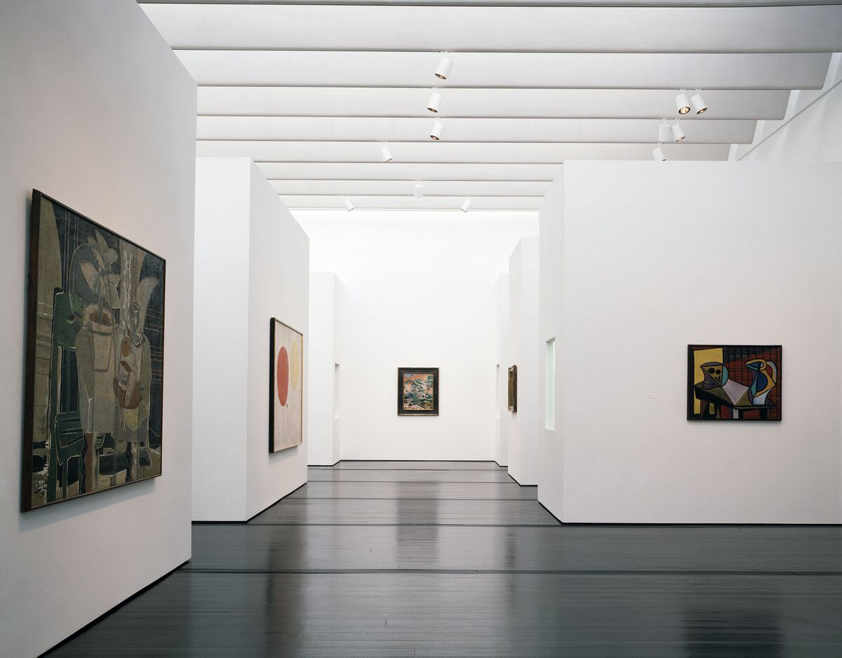 The 20th century galleries of the Menil Collection, 1987, with paintings by Georges Braque, Joan Miró, Henri Matisse and Pablo Picasso. Photo by Hickey-Robertson. Courtesy of Menil Archives, The Menil Collection, Houston.