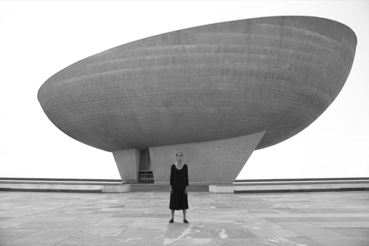 Shirin Neshat, still from Roja (2016). Image courtesy of the artist and Goodman Gallery.
