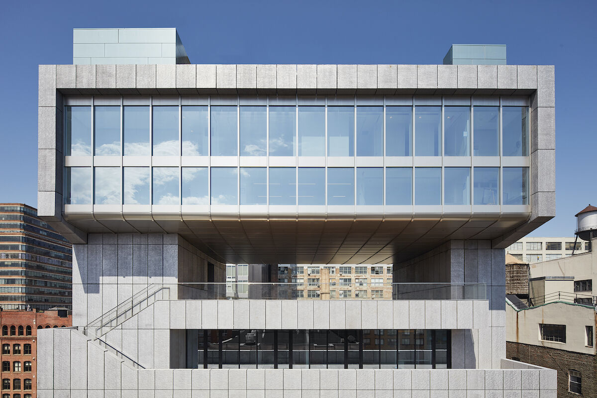 Pace Gallery, 540 West 25th Street, New York. Photo by Thomas Loof, courtesy Pace Gallery.