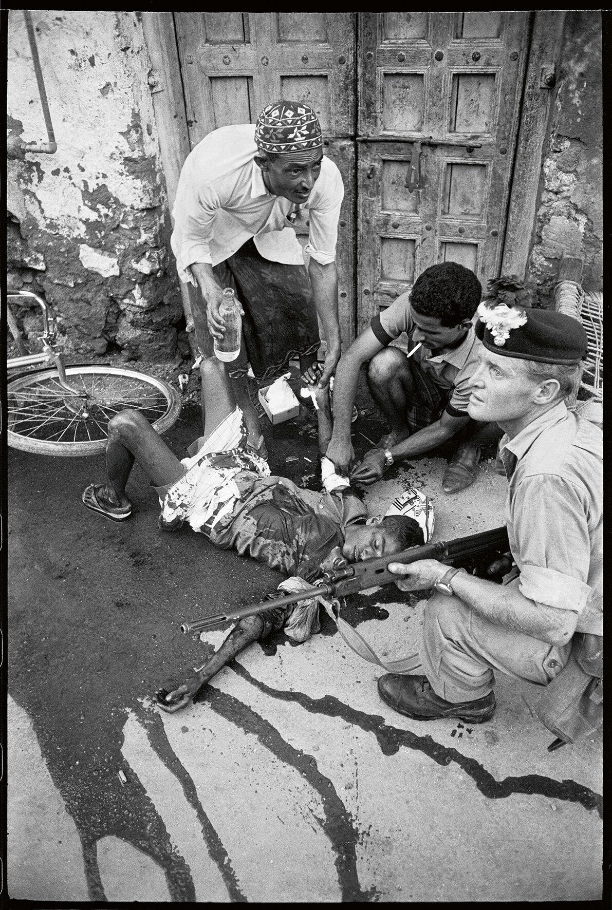 Priya Ramrakha, British attack, Aden, Yemen, 1967. © Priya Ramrakha.