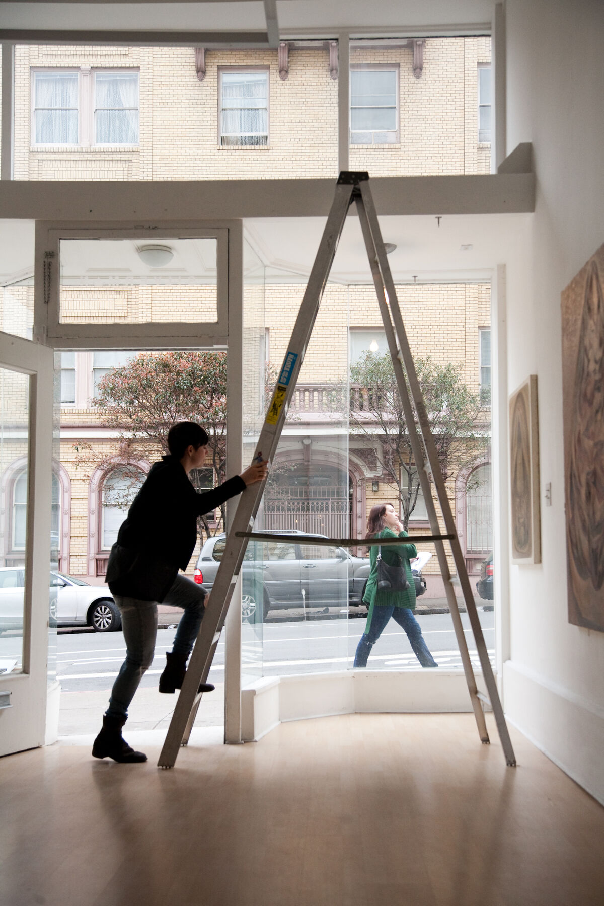 Portrait of Jessica Silverman at her 804 Sutter Street, San Francisco gallery in 2009. Courtesy of Jessica Silverman Gallery.