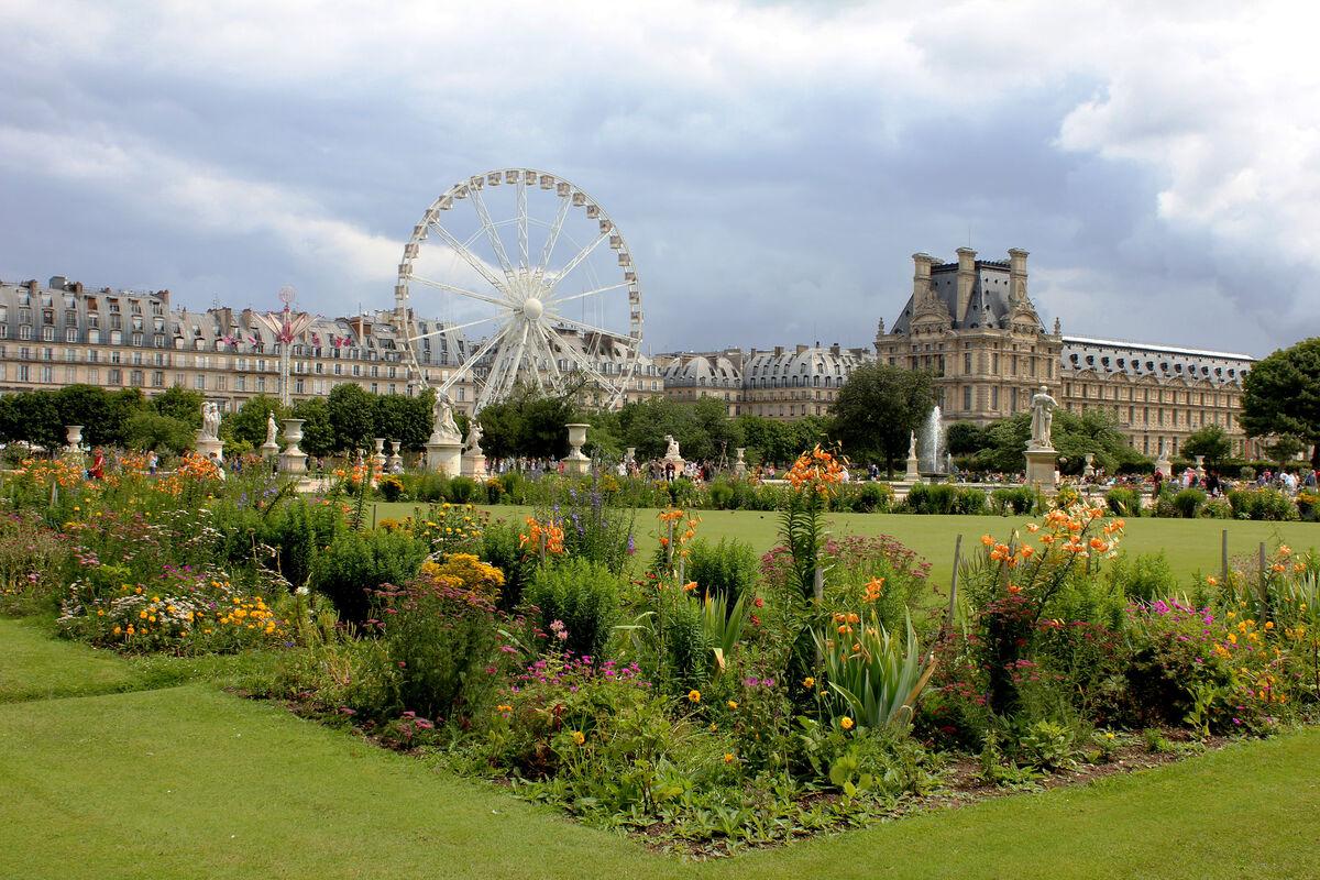 Paris's Tuileries Gardens. Image via Flickr.
