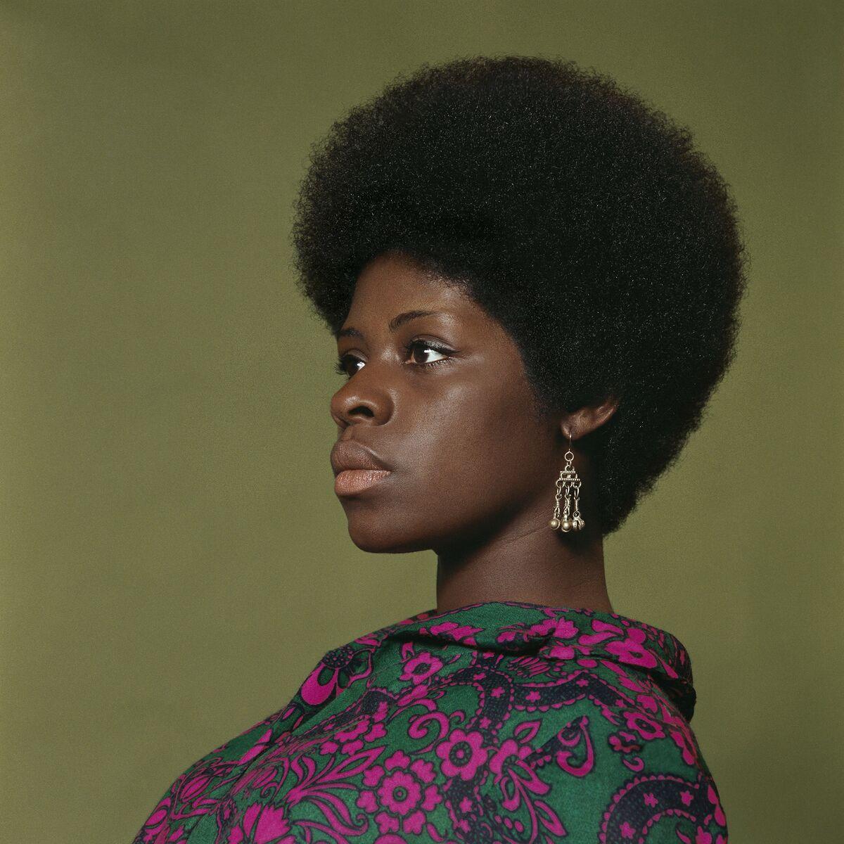 Kwame Brathwaite, Sikolo Brathwaite, African Jazz-Art Society & Studios (AJASS), Harlem, ca. 1968, from Kwame Brathwaite: Black Is Beautiful, Aperture, 2019. © Kwame Brathwaite.