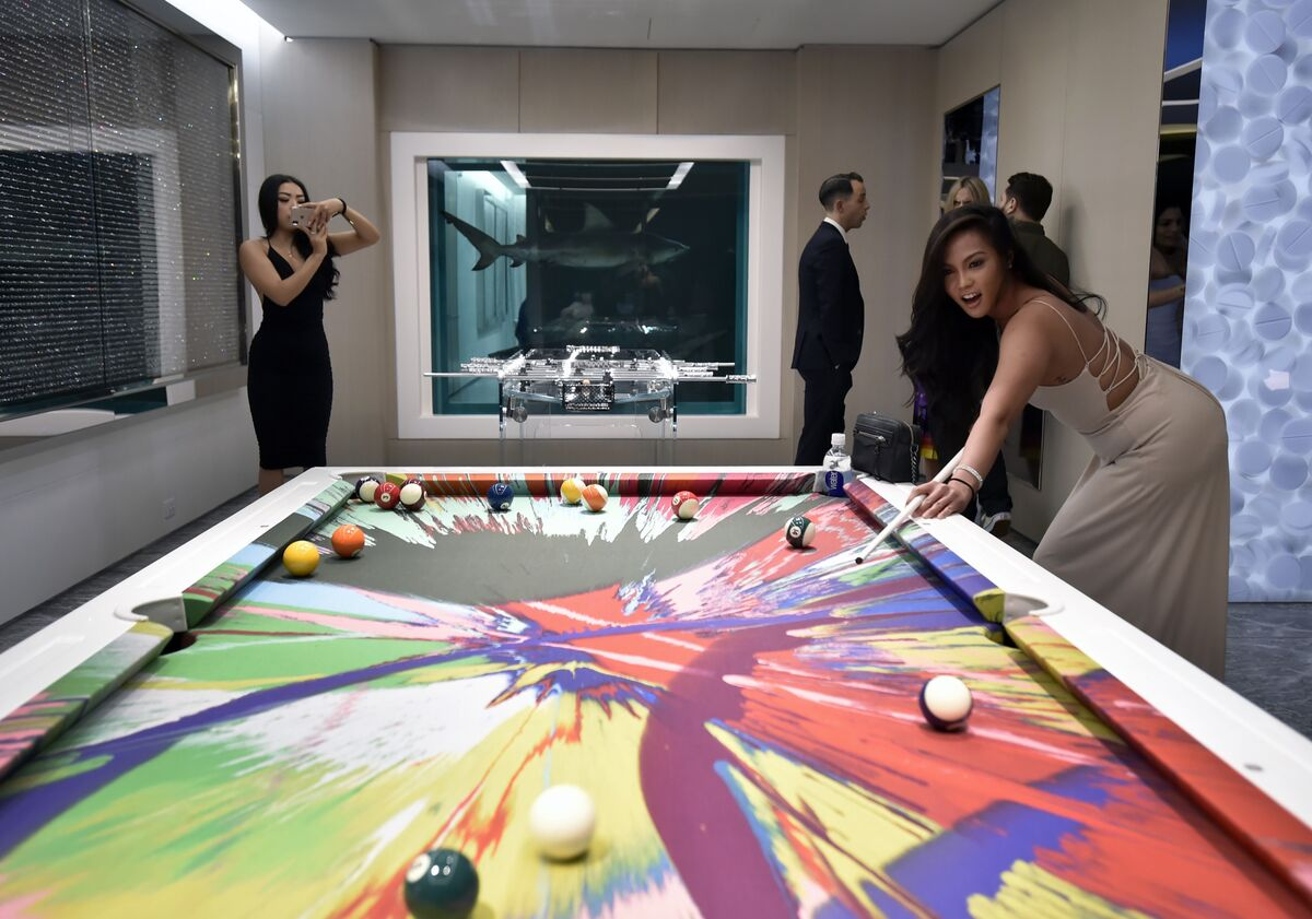 Women playing pool in the Empathy Suite at Palms Casino Resort, Las Vegas. Image courtesy of Palms Casino Resort.
