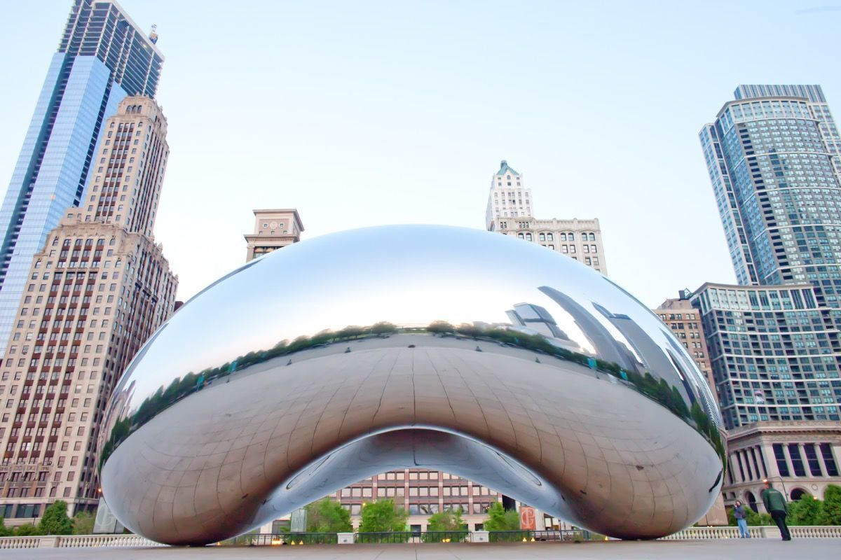 Anish Kapoor, Cloud Gate, 2004-06. Photo by Thomas Hawk, via Flickr.