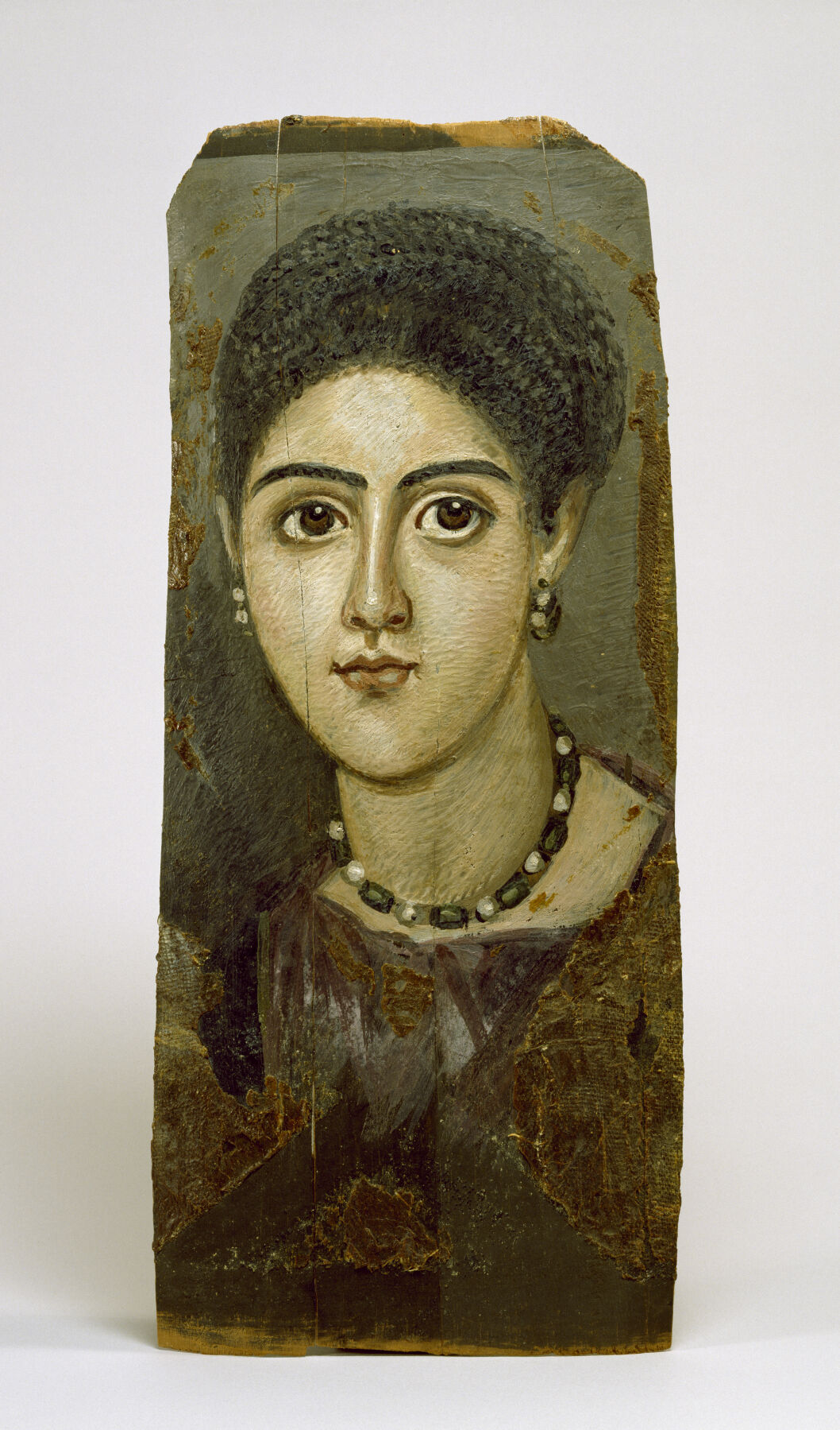 Female Portrait Mask, 2nd century. Image via Wikimedia Commons courtesy of the Walters Art Museum.