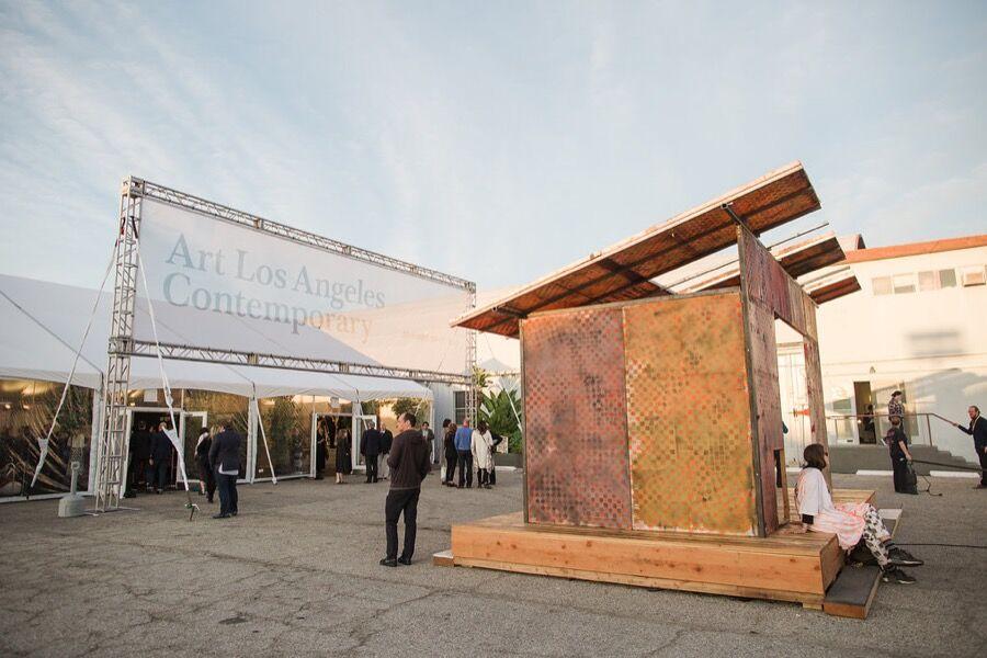 Art Los Angeles Contemporary, Opening Night, January 28, 2016. Photos by Gina Clyne, courtesy of Art Los Angeles Contemporary.