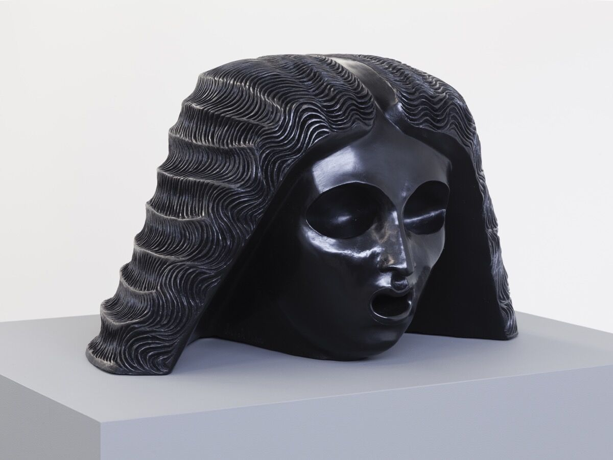 Sarah Peters, Woman with Headdress, 2015. Courtesy of the artist and Van Doren Waxter.