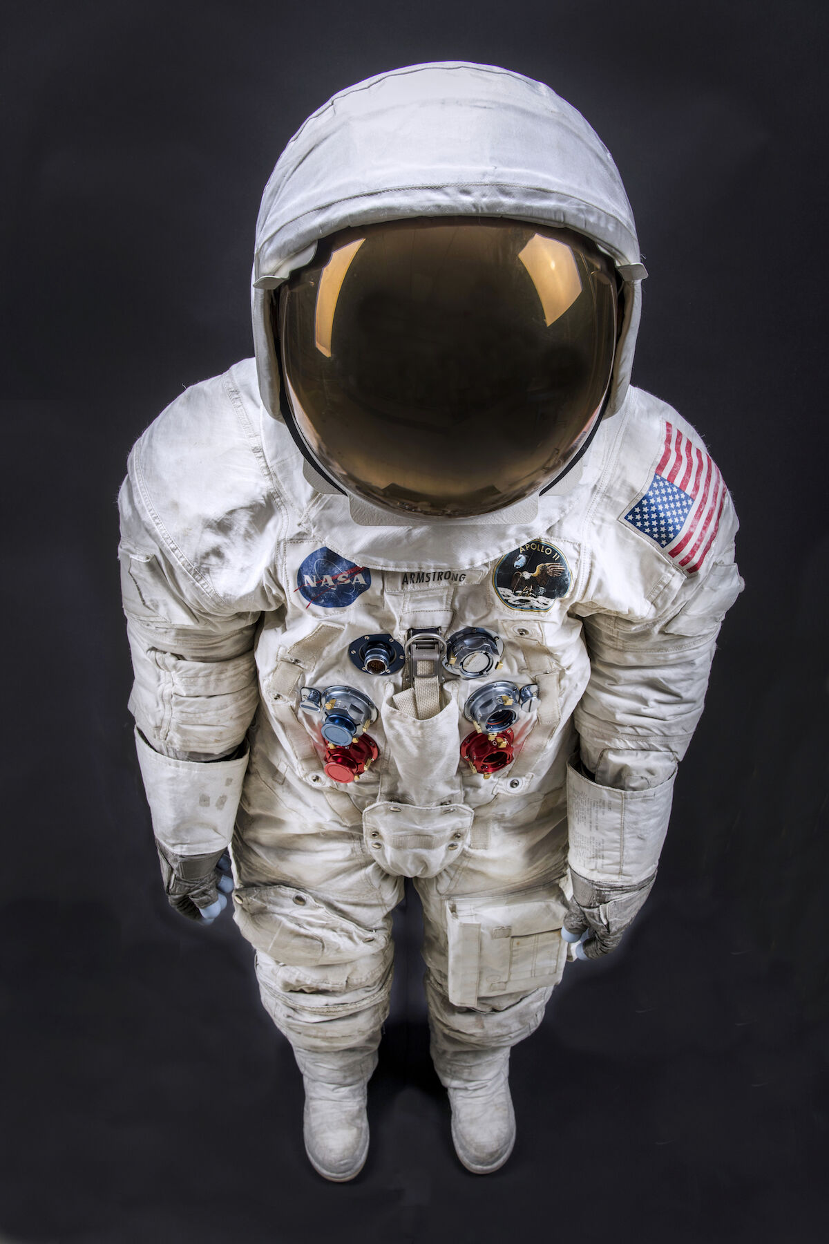 This space suit was worn by astronaut Neil Armstrong, Commander of the Apollo 11 mission, which landed the first man on the Moon on July 20, 1969. It was conserved thanks to a successful Kickstarter campaign in 2015 to conserve, digitize and display the suit in time for the 50th anniversary of the first Moon landing. Photo by Jim Preston. Courtesy the Smithsonian's National Air and Space Museum. © Smithsonian Institution.