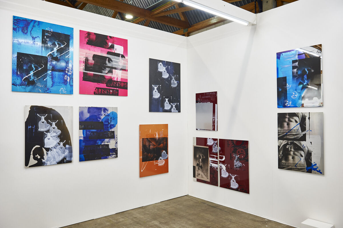 Installation view of Hannah Perry'spresentation at Steve Turner. Courtesy of Art Brussels 2015.