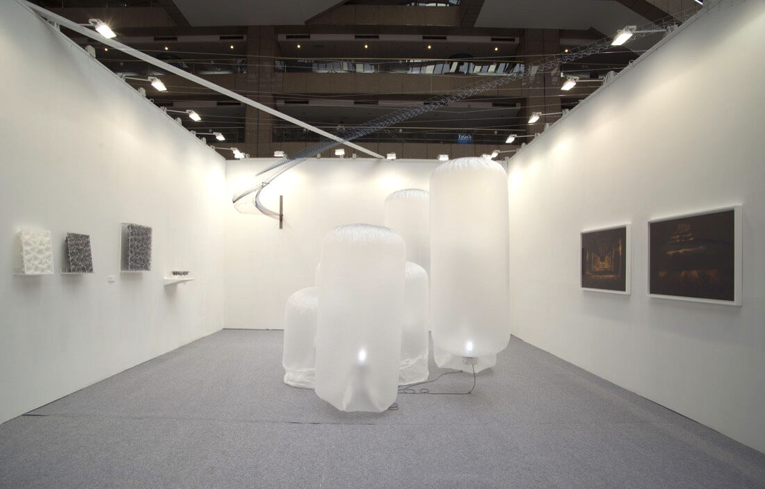 Installation view of ARTCOURT Gallery's boot at Art Taipei 2015. Photo courtesy of the gallery.