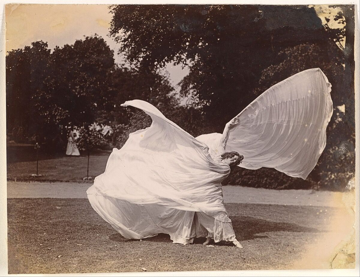 Samuel Joshua Beckett, [Loïe Fuller Dancing], ca. 1900. Courtesy of The Metropolitan Museum of Art.