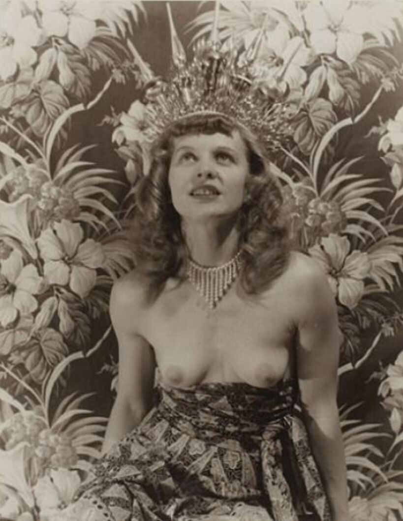 Eugene Von Bruenchenhein, Untitled (Marie with crown), c. 1940s–mid-1950s. Collection of Laurie Simmons. Courtesy of the collector and the Outsider Art Fair.