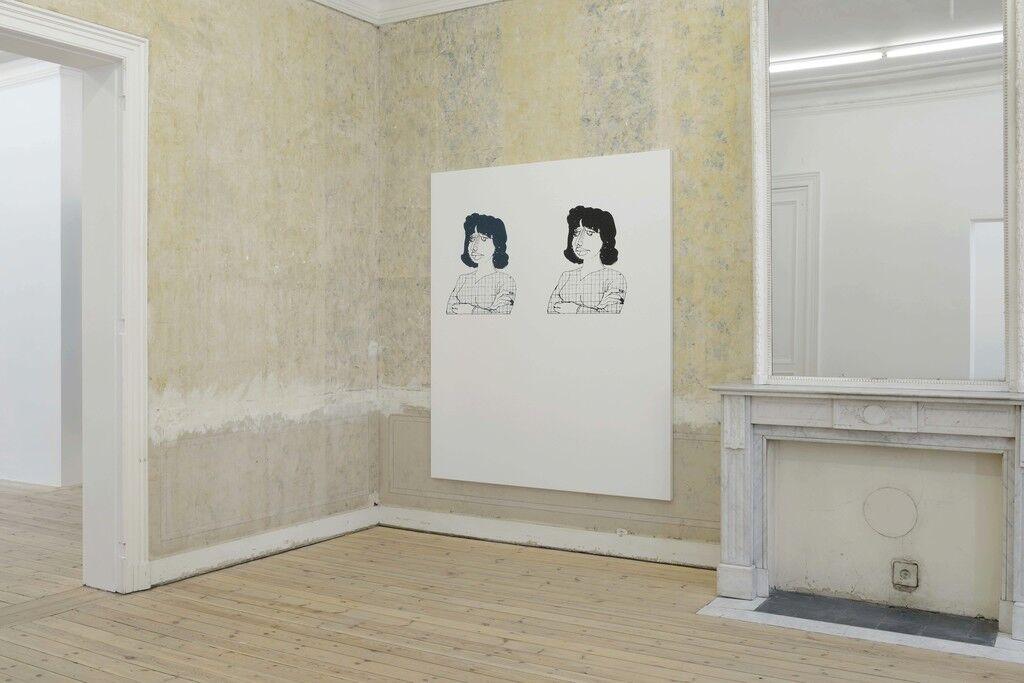 Installation view of Oliver Osborne,courtesy of Galerie Catherine Bastide