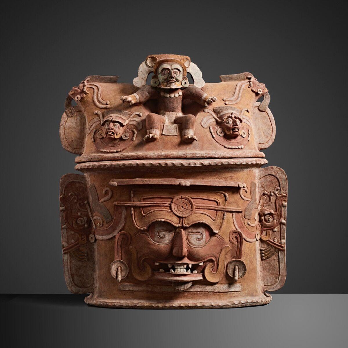 K'Iché Two-Part Urn, Guatemala, ca. 650–850 C.E. Courtesy of Colnaghi.