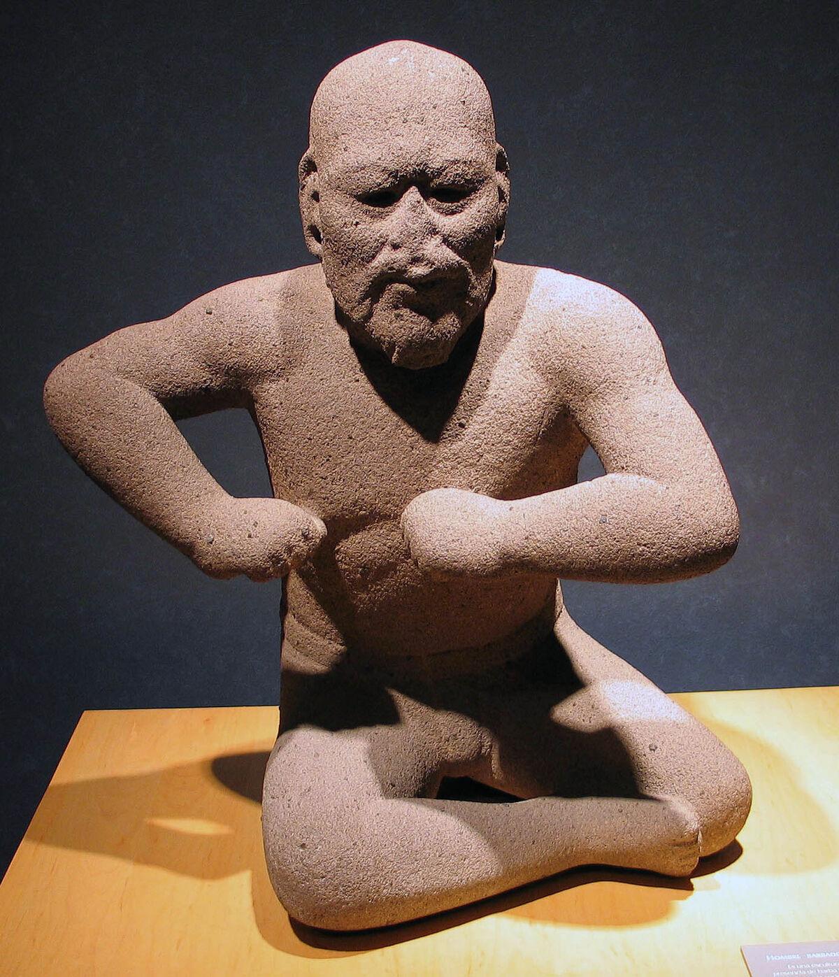 Olmec wrestler (Luchador Olmeca). Photo via Wikimedia Commons.